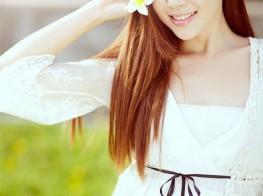 清纯的她宛如白花